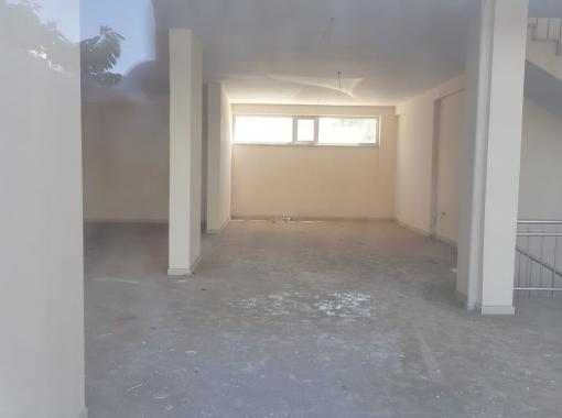 Barbaros Bulvarında 151 m2 giriş,asma kat151,bodrum110 m2 toplam412 m2 kiralık işyeri